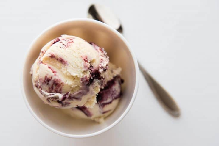blackberry swirl ice cream