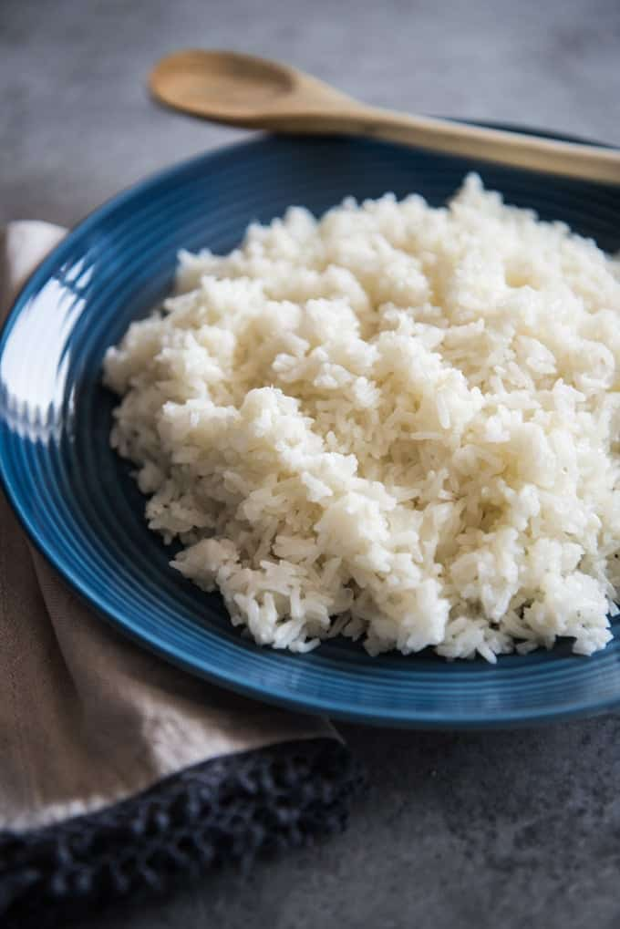 Brazilian white rice on a blue plate.