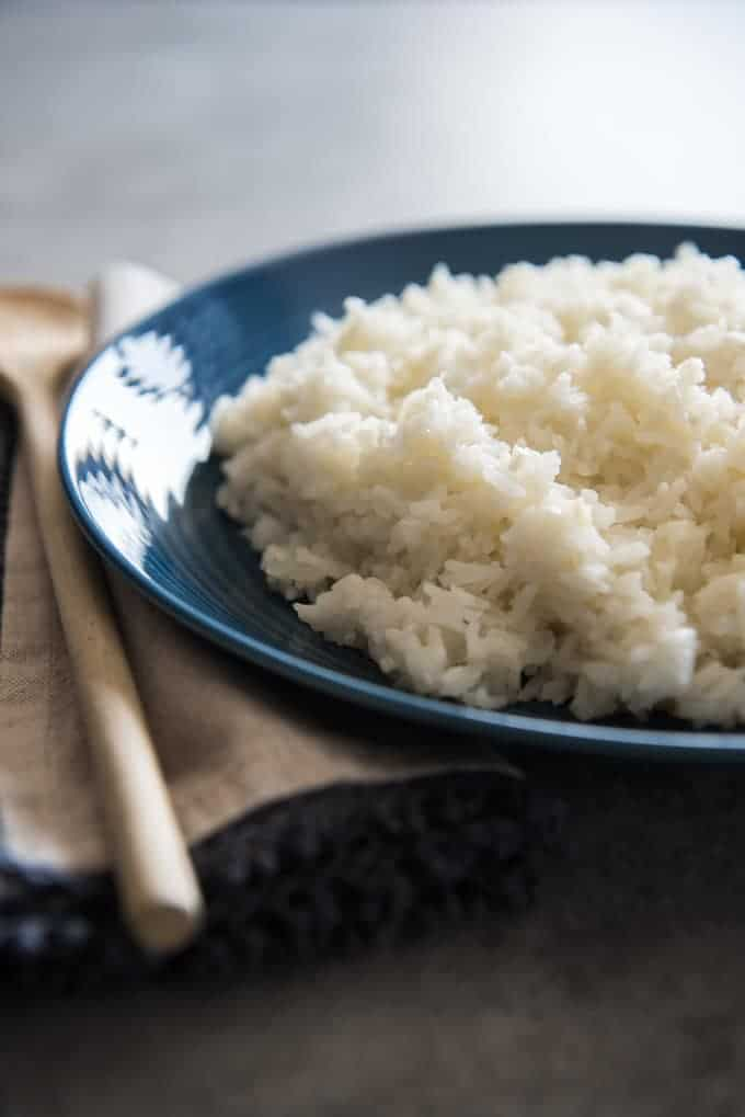 A plate with plain Brazilian white rice.