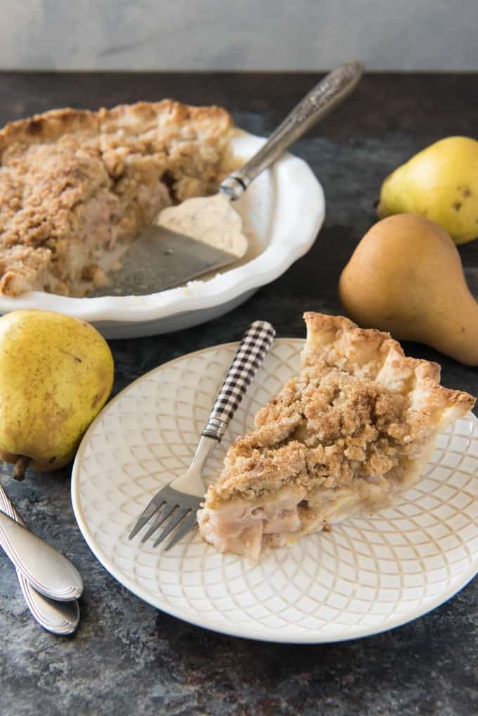 This Dutch Pear & Nutmeg Pie is a fantastic pear pie dessert that your family will go crazy over!