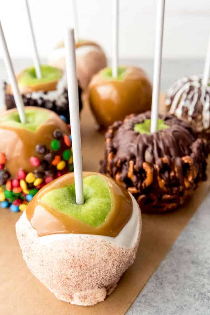 An image of an apple pie caramel apple.