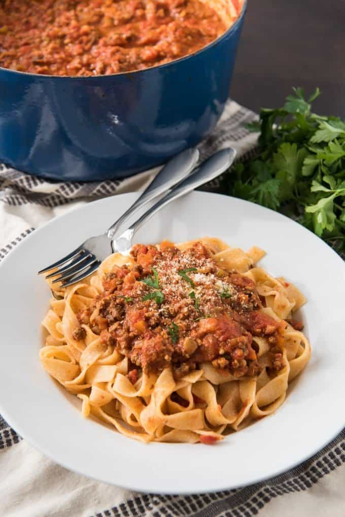 An image of a plate of tagliatelle bolognese with an authentic bolognese sauce recipe.