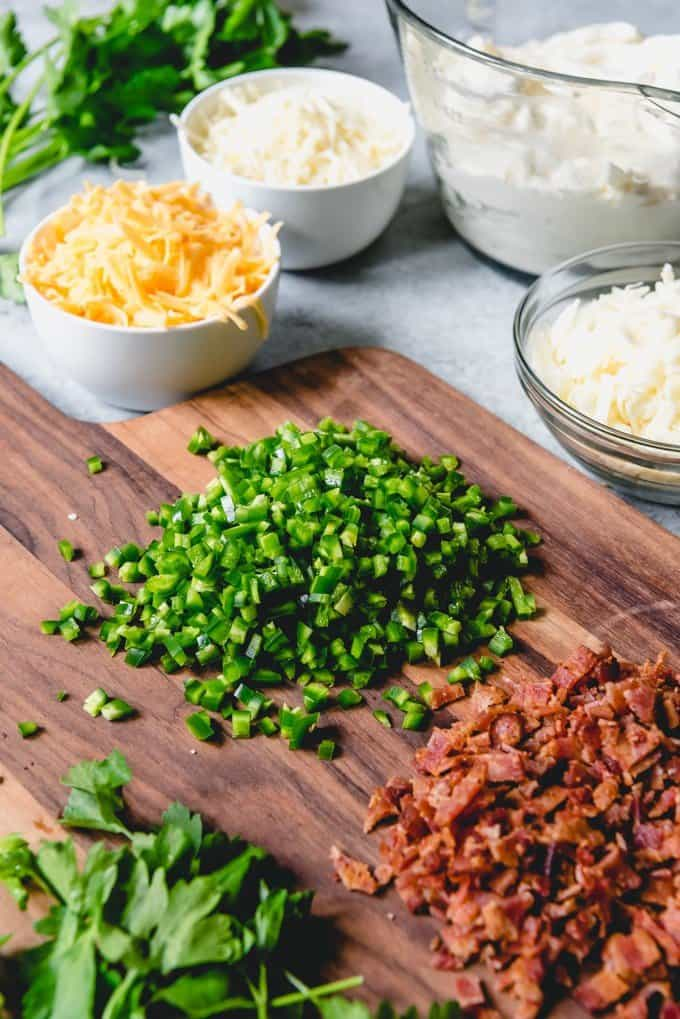 An image of the ingredients for making bacon jalapeno popper dip.