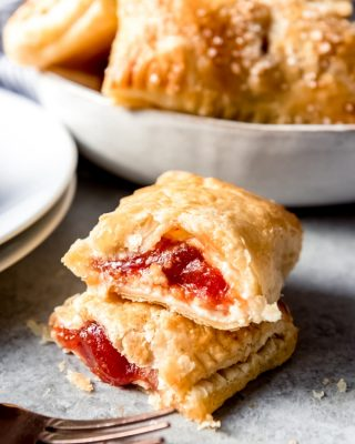 These Guava Cream Cheese Cuban Pastries [known asPastelitos de Guayaba y Queso] are a super easy, majorly delicious 4-ingredient breakfast pastry that is perfect for breakfast, brunches, as a snack, or for dessert. Flaky, buttery puff pastry surrounds rich cream cheese and sweet guava paste for a wonderful treat.