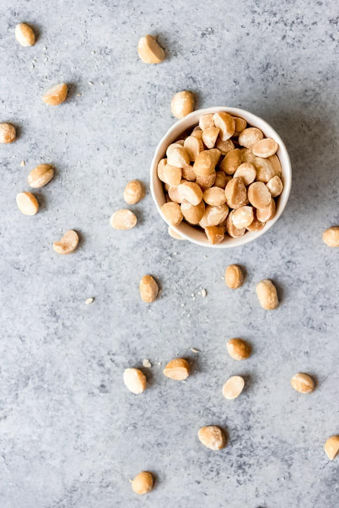 An image of macadamia nuts in a bowl.
