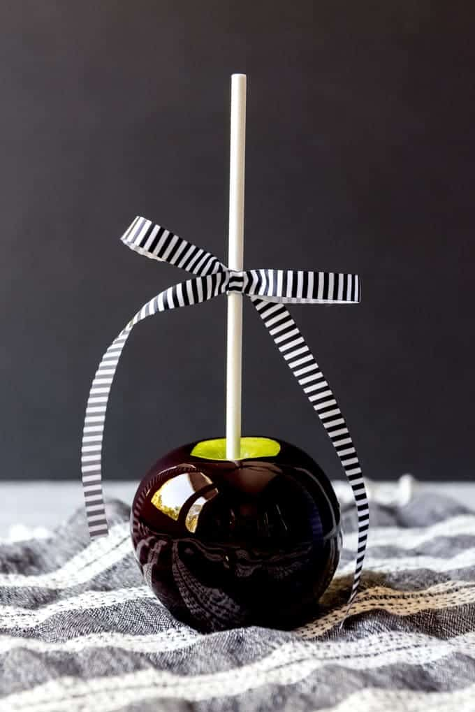 An image of a black poison apple.