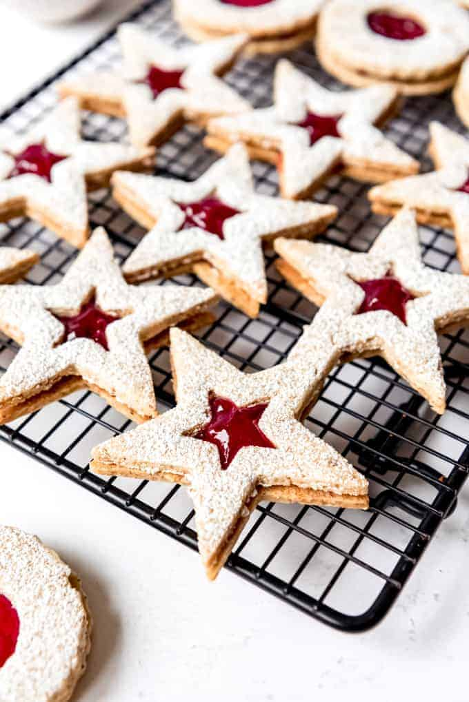 An image of hazelnut and raspberry linzer cookies