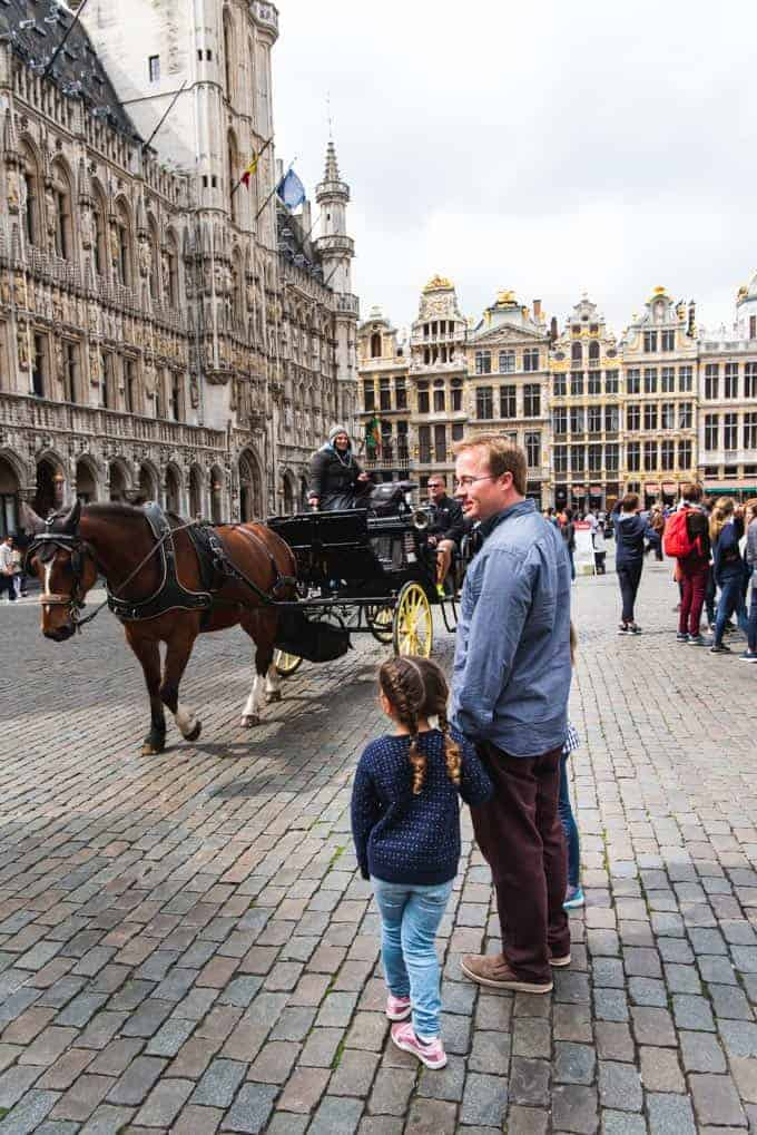 An image of a horse-drawn carriage in Brussels.
