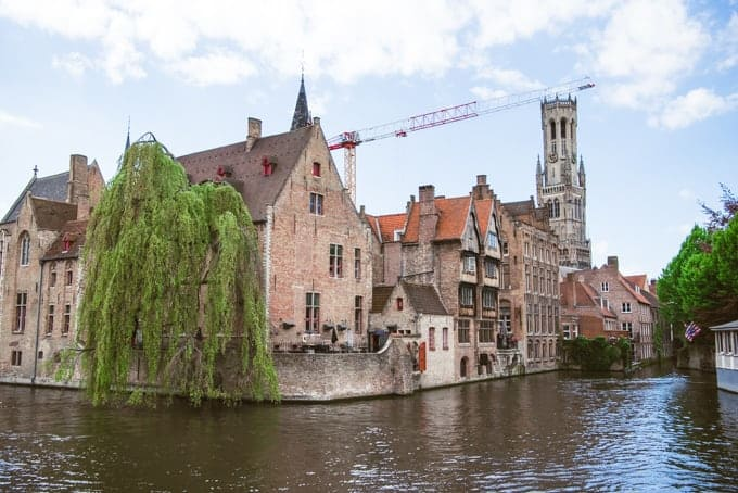 An image of the Quay of the Rosary in Bruges, Belgium.