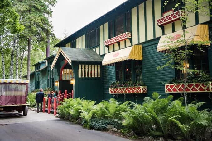 The outside of the Woods Restaurant on Mackinac Island.