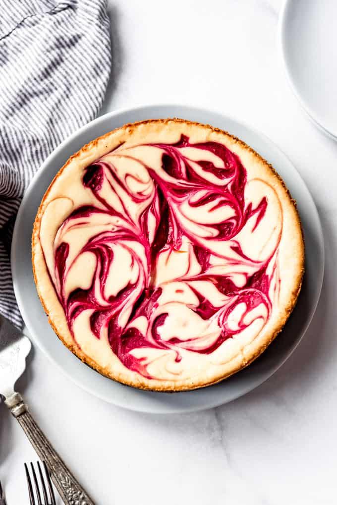 baked White Chocolate Raspberry Cheesecake