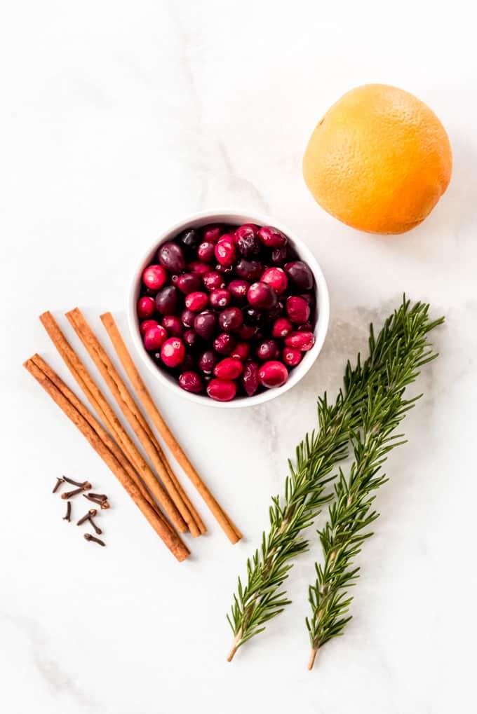 Christmas Stovetop Potpourri ingredients