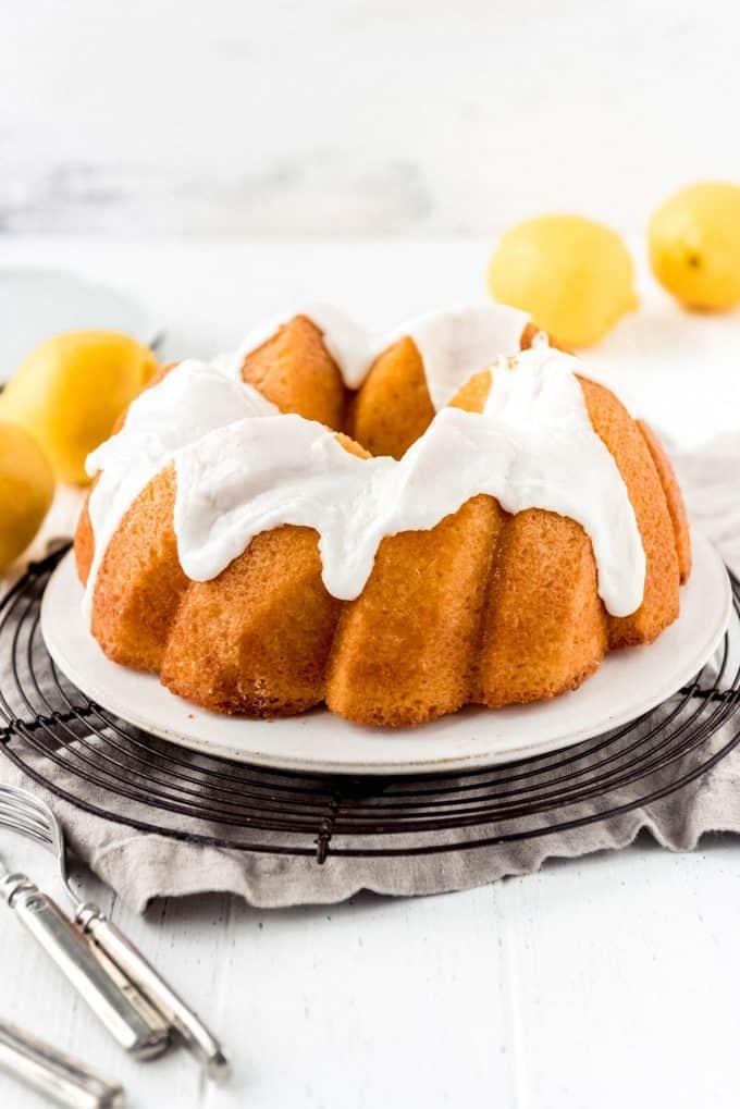 a lemon bundt cake topped with lemon icing