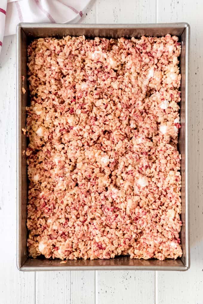 a 9x13 pan of strawberry rice krispies treats
