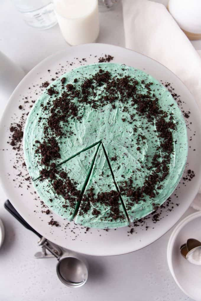 a mint chip ice cream pie topped with Oreo cookie crumbs