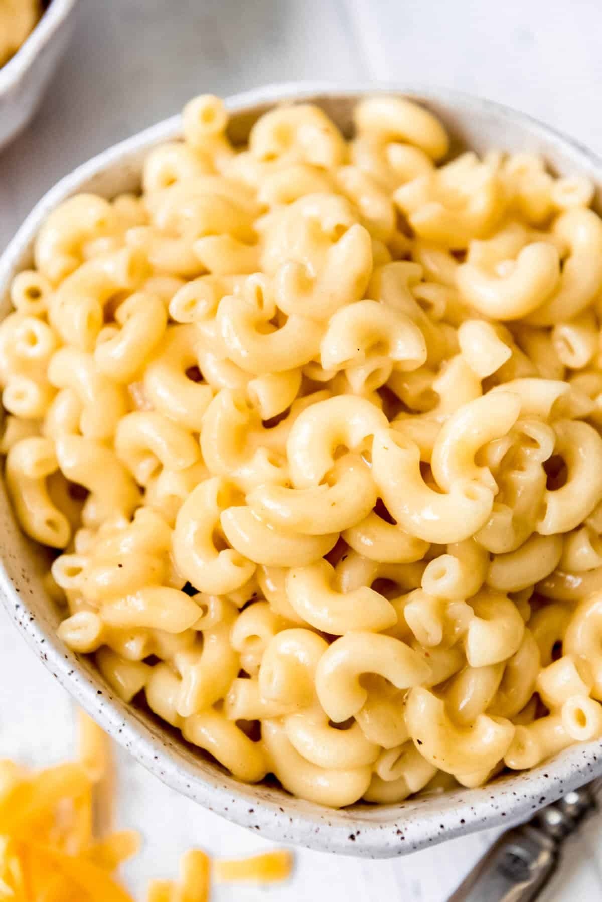 instant pot mac and cheese in a bowl