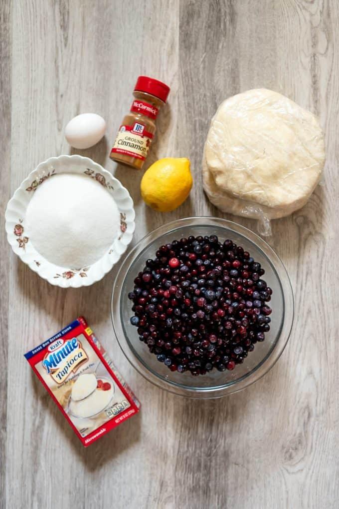 huckleberry pie ingredients